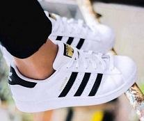 手慢无,Adidas 阿迪达斯Superstar 大童金标贝壳头多码好价 黑金